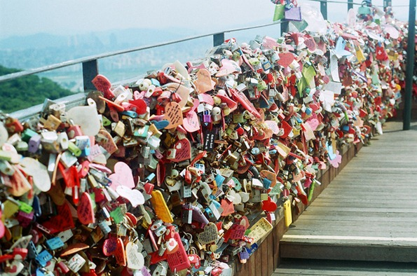 namsan tower padlock