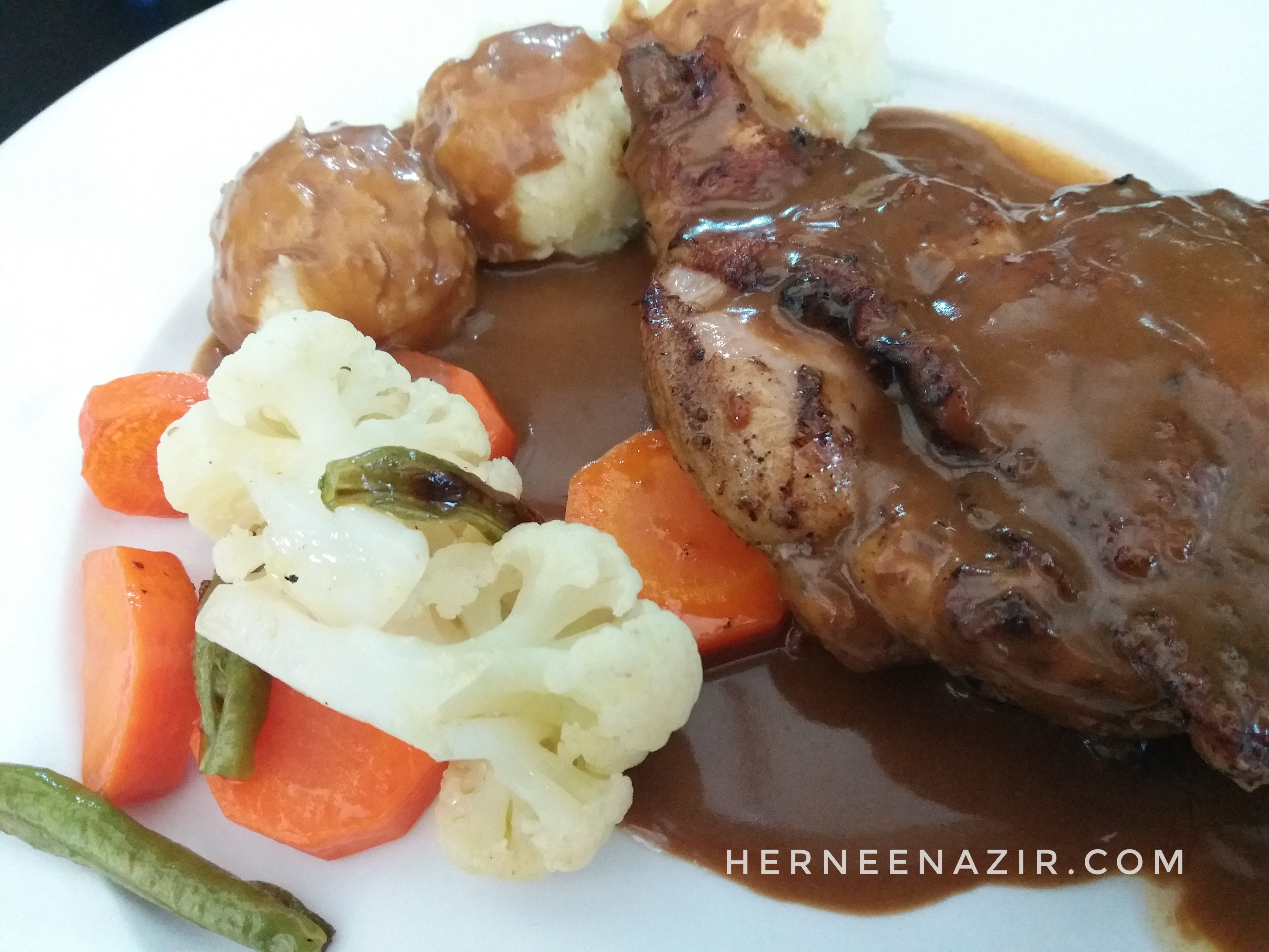 Tuesday's Lunch – Grilled Chicken Chop Belanga Cafe