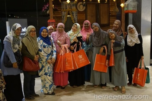 Team JDT Blogger Di Warna Warni Ramadhan @Rilek The Cafe Swiss-Inn Johor Bahru