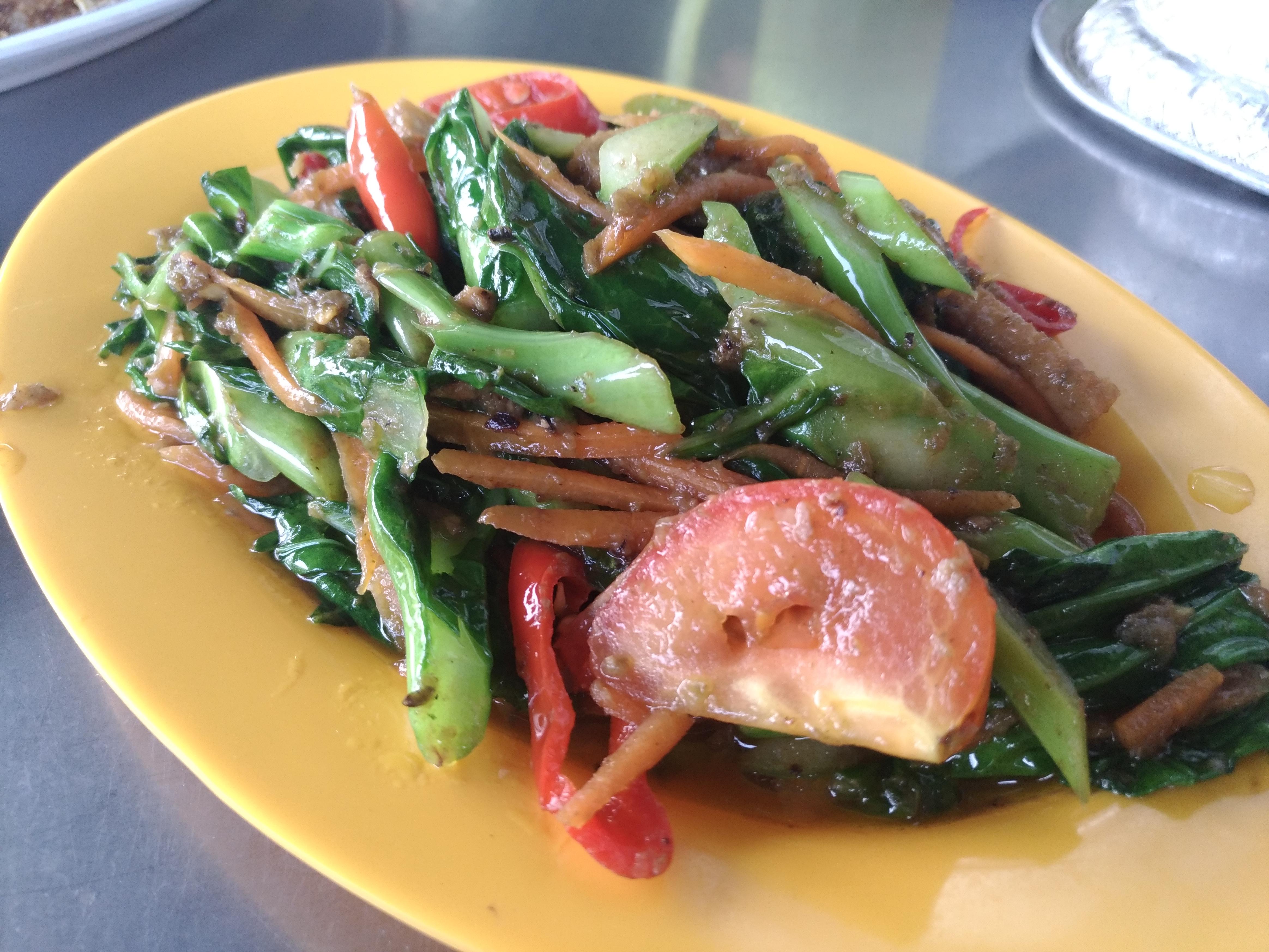 Makan-makan di Ikan Bakar Parameswara Medan Ikan Bakar Pernu