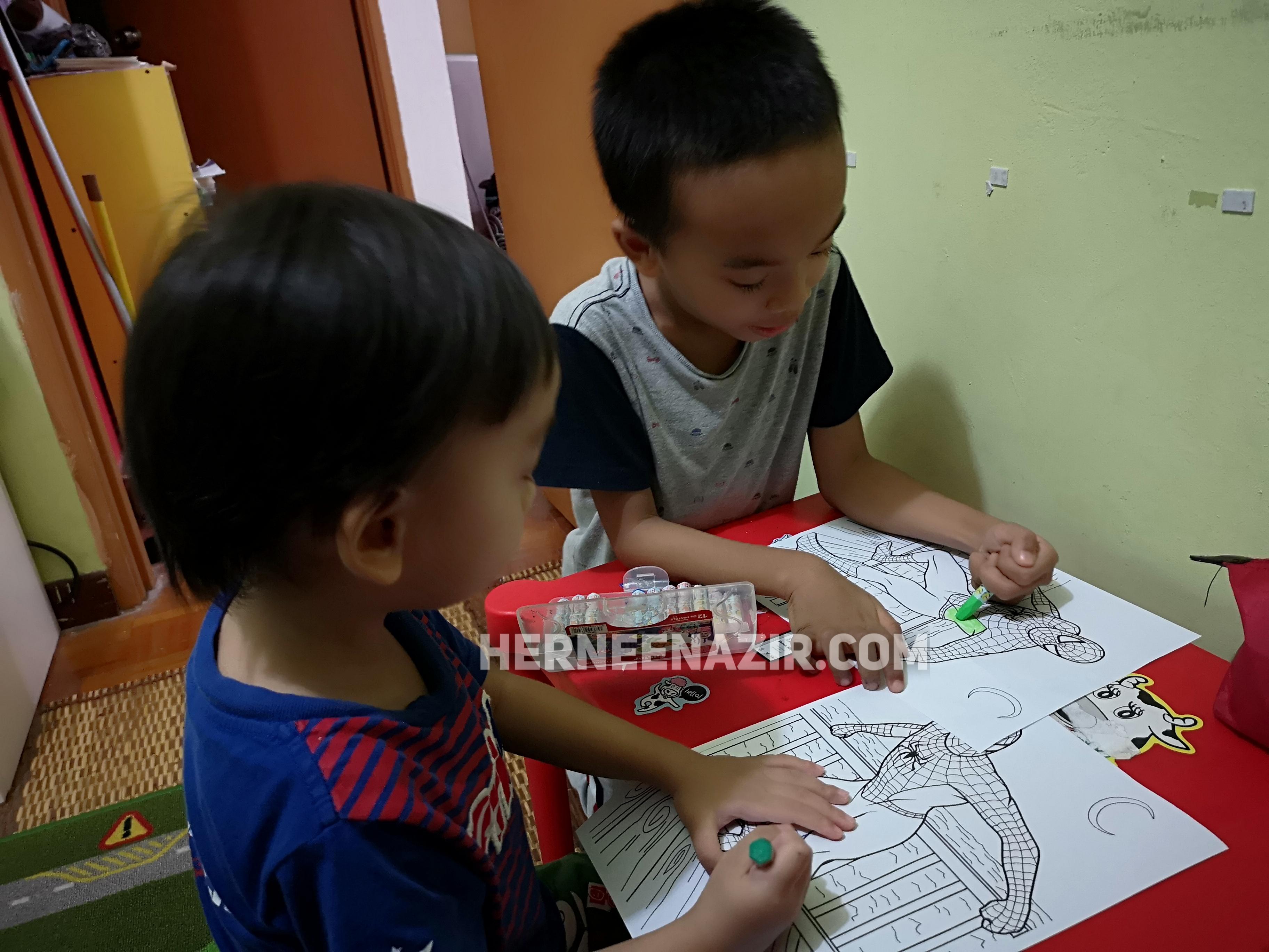 Pertandingan Mewarna Peringkat Anak-Anak Hernee Nazir