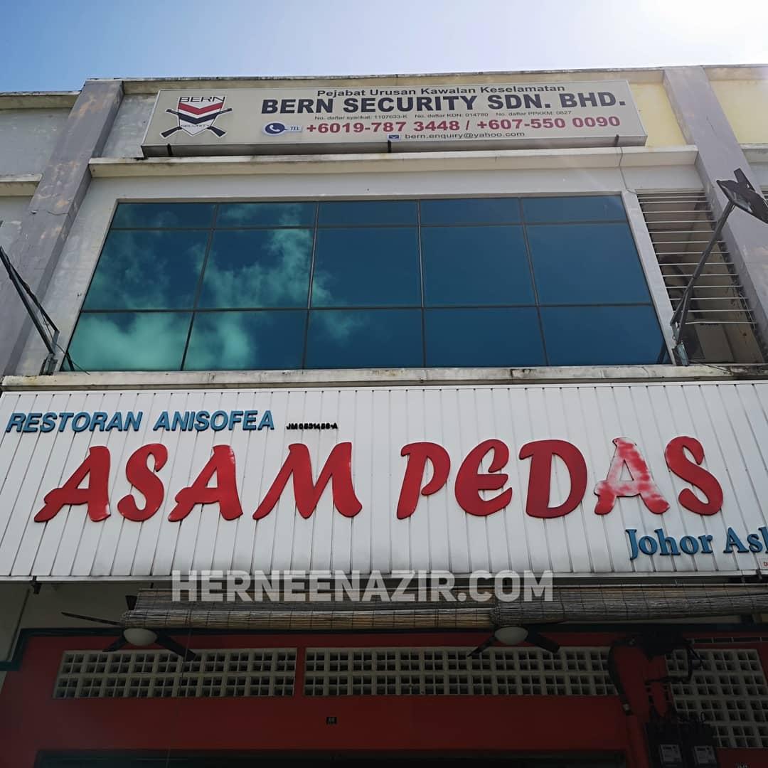 Lunch di Restoran Anisofea Asam Pedas Johor Asli Taman Kempas Utama