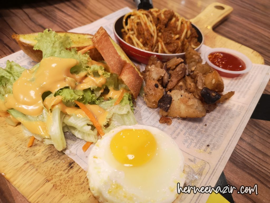 SDS Bakery & Cafe
