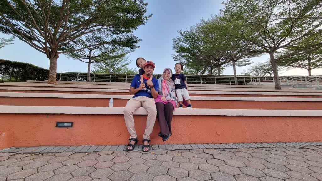 Jom Ambil Angin di Dataran Mahkota Kota Iskandar